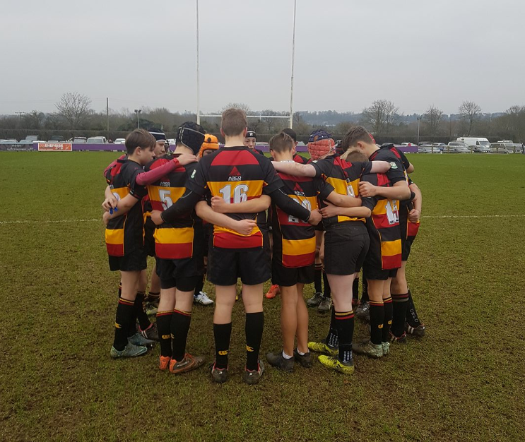 Cinderford U-14's battle to the end.