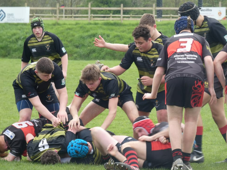 Cirencester 12 Cinderford 30