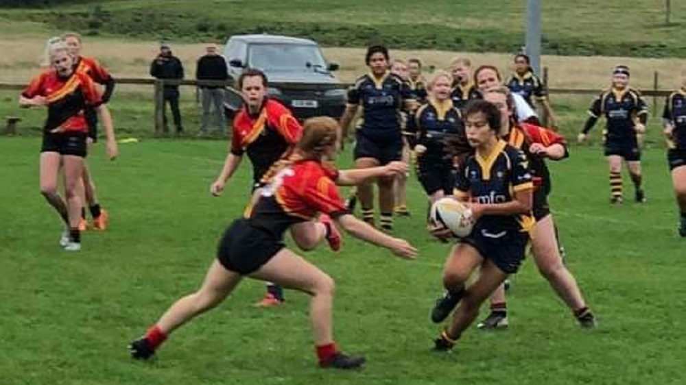 Injury ends fightback for the girls